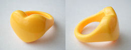 acrylic heart rings - yellow