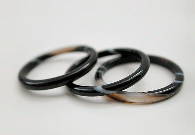thin agate band rings - black
